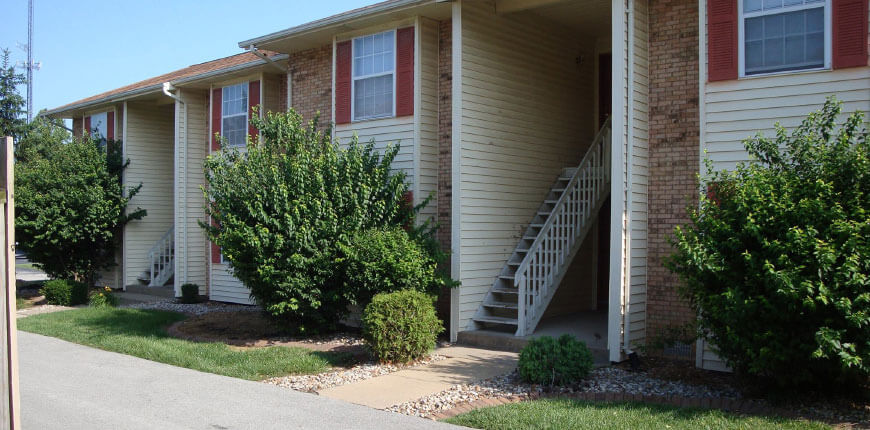 Apartments with Carport in Collinsville IL