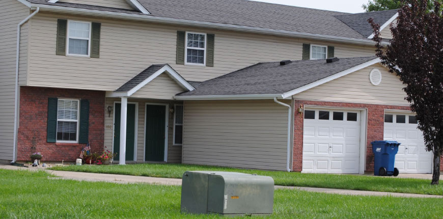 Collinsville Illinois Townhomes with Car Garages