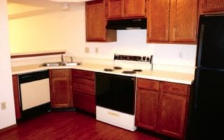 Full Kitchen in Simple Townhome in Collinsville IL