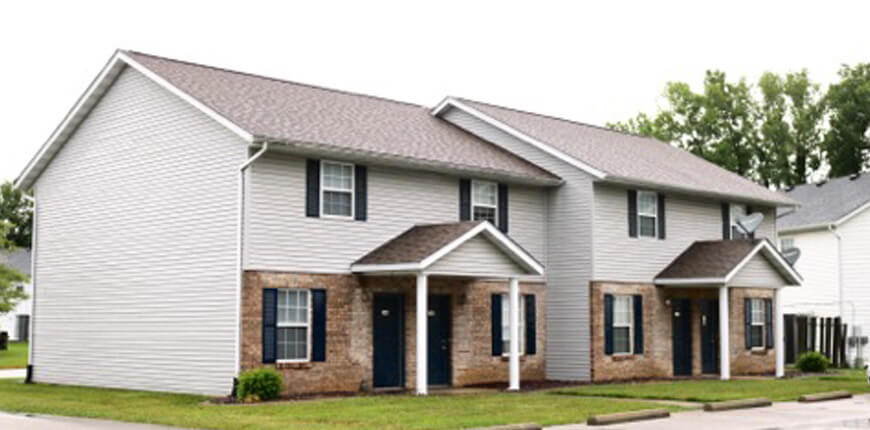 Townhome with Full Kitchen in Collinsville IL