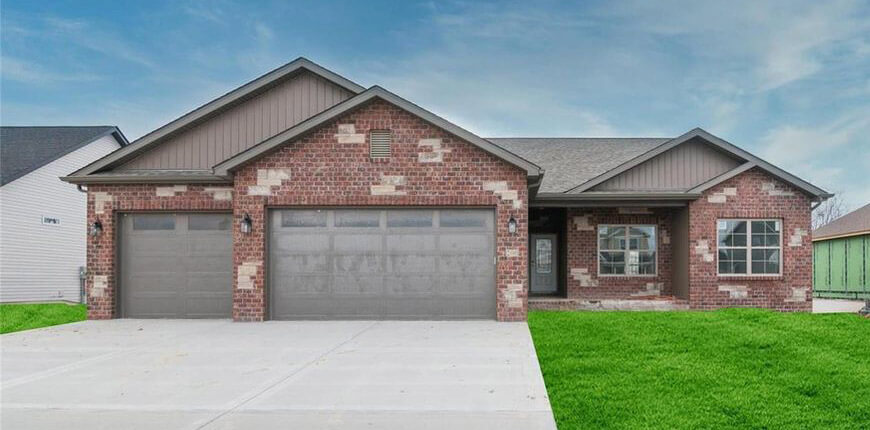 Rental with Large Floor Plan in Glen Carbon IL
