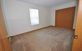 Single Bathroom Student Apartment in Edwardsville IL