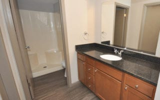 Apt for Rent with One Bathroom in Edwardsville Area