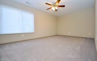 Large Bedroom in Apt for Rent in Edwardsville IL