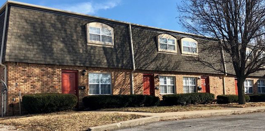One Bedroom Upper-Level Unit For Rent in Collinsville IL