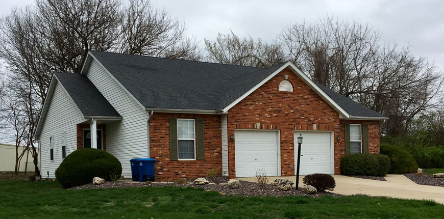One Level Unit with a Finished Basement in Glen Carbon IL