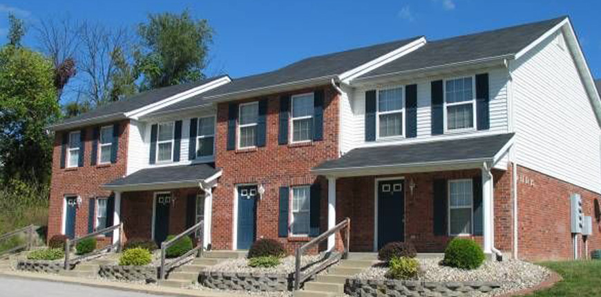 Townhouse with washer/dryer hookups in Collinsville IL