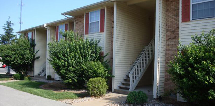Dishwasher, Range, and Refrigerator Included for Rental in Collinsville IL