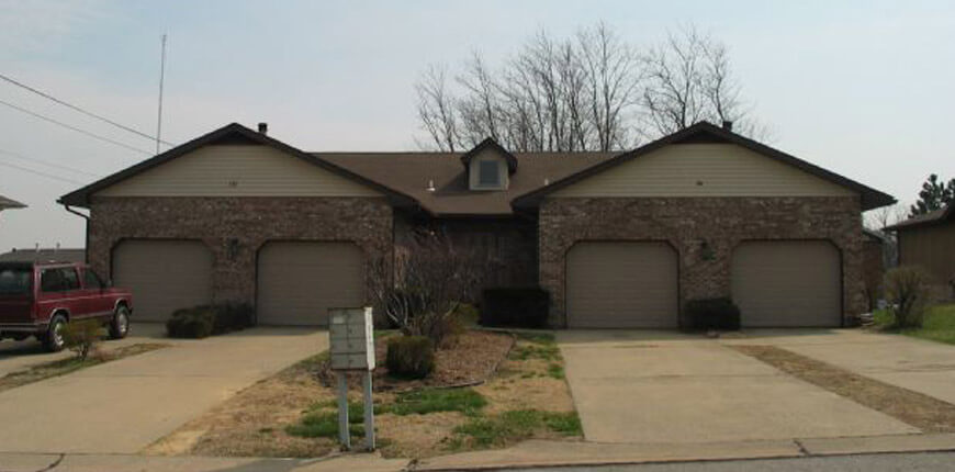 Large Two Bedrooms, Two Baths, and Two car Garage on one level in Collinsville IL
