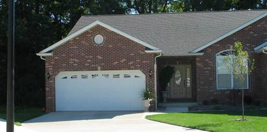 House with Sunroom for Rent in Collinsville IL